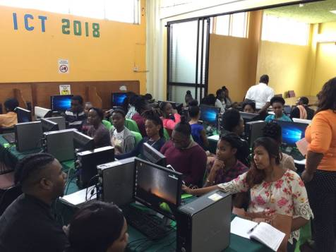 LYN conducting Information and Communication Technology (ICT) training at the ICT hub located in the LEN's Business Centre