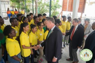US Congressmen greeted by the Youth in Natural Resources Apprentices