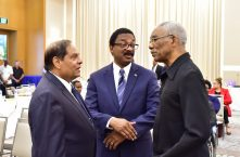 President David Granger (right) speaks with Prime Minister, Mr. Moses Nagamootoo (left) and Attorney General and Minister of Legal Affairs, Mr. Basil Williams, S.C. (centre) at the conclusion of the opening ceremony of the 50th Meeting of the Council of Legal Education