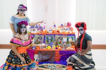 Scenes of the altar prepared by the Mexican Embassy for Día de los Muertos.