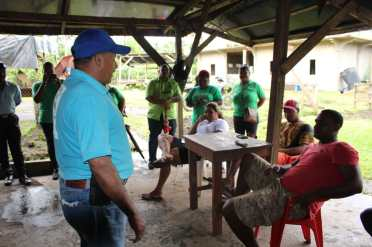 Minister Sydney Allicock engaging the residents in the Minab area, Matthew's Ridge