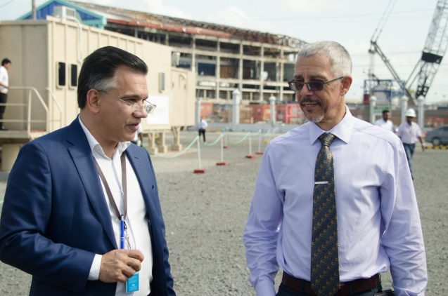 [In the photo, from left] CEO of TOTALTEC, Lars Mangal and Minister of Business, Dominic Gaskin.