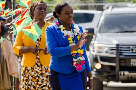 Minister of Education, Dr. Nicolette Henry arriving at the Beterverwagting Quamina Primary school to engage parents