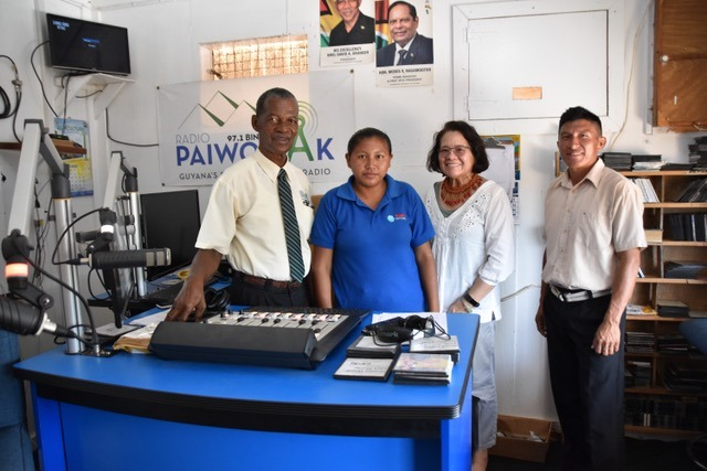 First Lady, Mrs. Sandra Granger (second from right) and the announcers of Radio Paiwomak, during a courtesy call at Region's radio station.