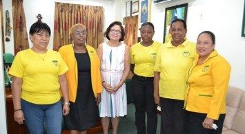 Belina Charlie (far left) and representatives of the Guyana Women Miners Association meeting with the First Lady, Mrs. Sandra Granger