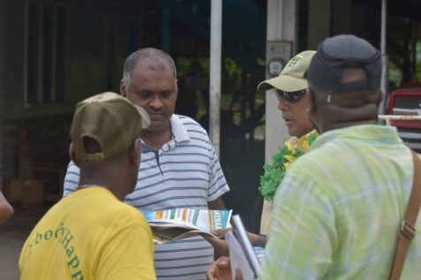 Minister of Natural Resources, Raphael Trotman meets residents at Zeelandia, Wakenaam