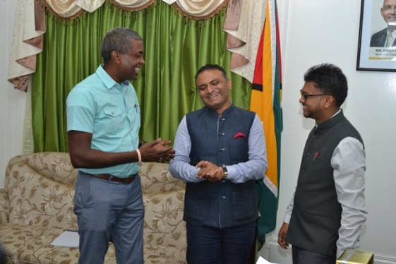 Indian High Commissioner to Guyana Dr. K.J. Srinivasa [centre] sharing a light moment with His Worship the Mayor of Georgetown, Ubraj Narine and Deputy Mayor Alfred Mentor.