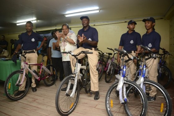 Prime Minister, Hon. Moses Nagamootooo hands over bicycles to members of the CPG.