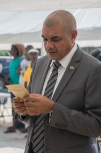 Minister of Business, Hon. Haimraj Rajkumar examines one of the well packaged products on display at the exhibition.