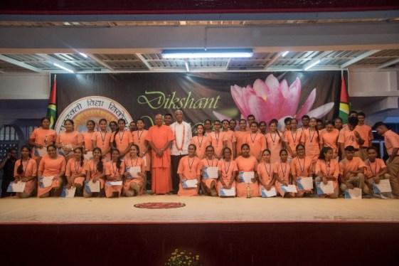 His Excellency, President David Granger with the Saraswati Vidya Niketan Secondary School Graduating Class of 2019.
