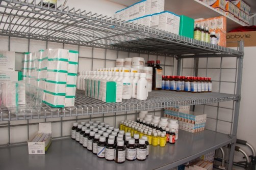 Medical drugs and health facilities in Georgetown.