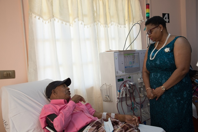 Minister Lawrence meets with Dialysis patient Sewkarran Nanchu who shared his satisfaction with the availability of free services at the centre.