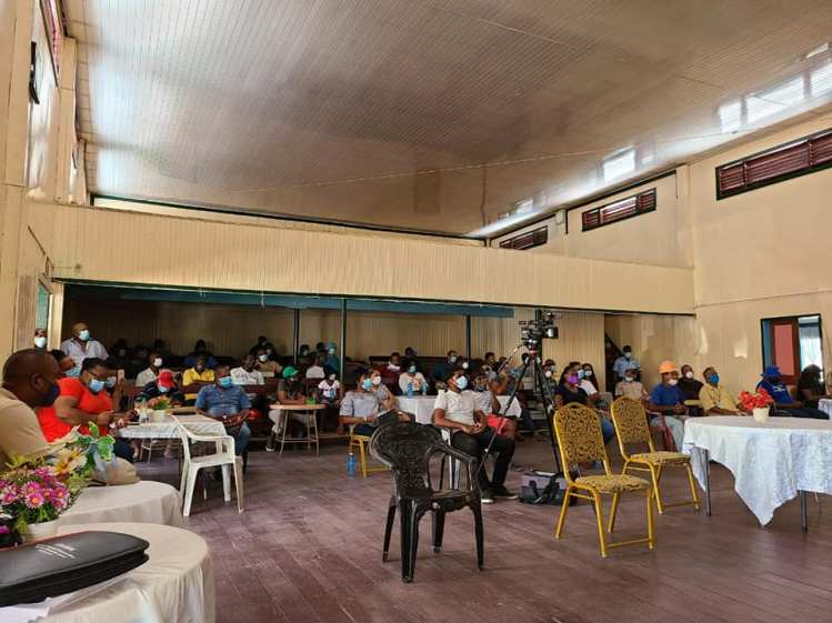 Loggers, miners and residents gathered at the Kwakwani Sports Club to discuss their concerns with the Minister Bharrat and Minister Hamilton
