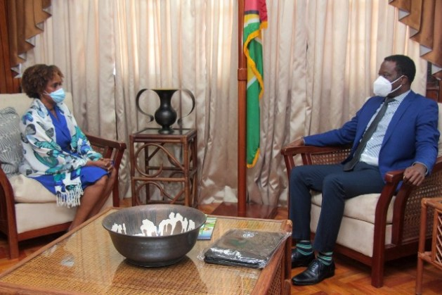 Representative of the Food and Agriculture Organization (FAO) of the United Nations (UN) to the Co-operative Republic of Guyana, Ms. Gillian Smith, calls on Minister of Foreign Affairs and International Cooperation, the Honourable Hugh Todd