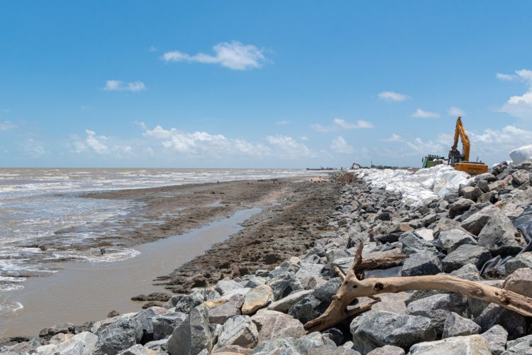 Emergency works ongoing at the Dantzig and Fairfield foreshores