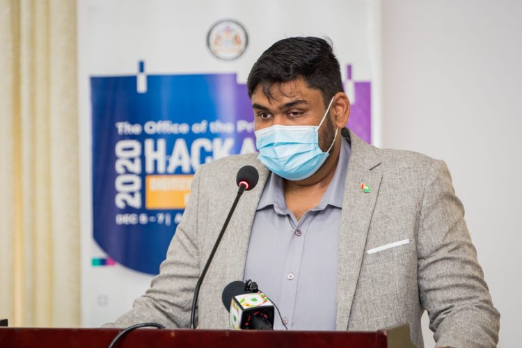 Director of the Industry of Innovation Unit, Mr. Shahrukh Hussain