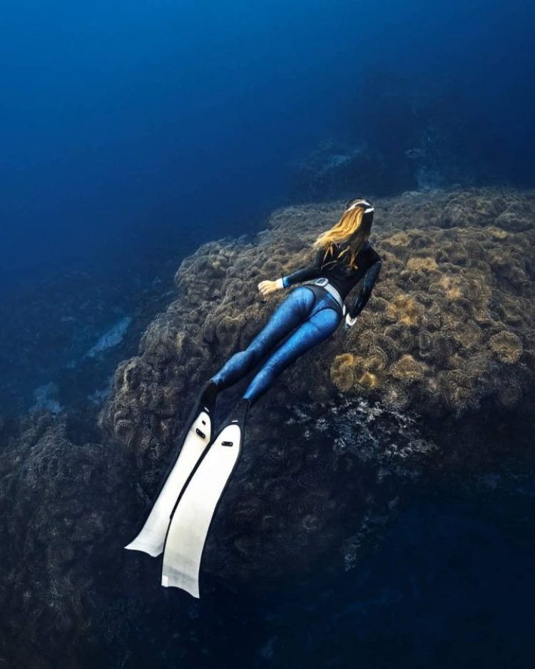 <strong>FREEDIVING</strong>