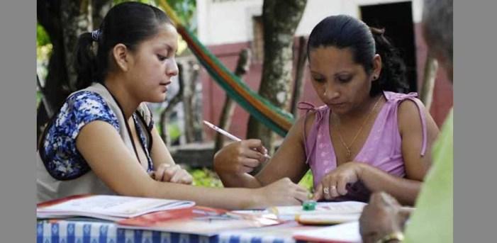 México avanza en alfabetización
