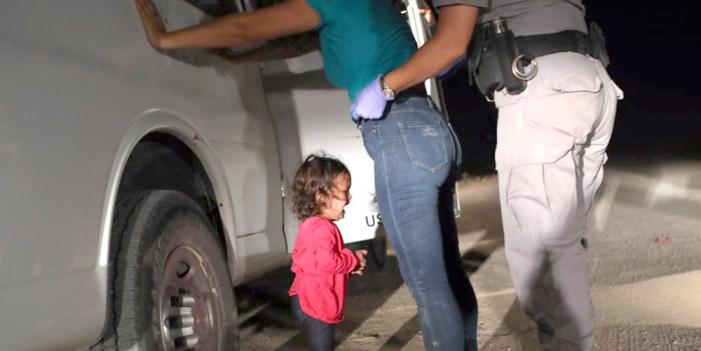 Niño de 1 año comparece ante corte de inmigración en Arizona
