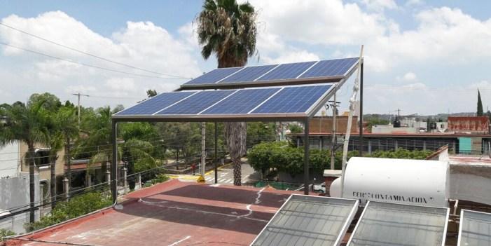 Paneles solares, opción para generar energía y cuidar el planeta