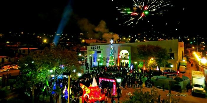 Encienden Árbol de Navidad en Centro Cultural Nogales