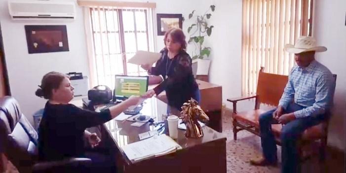 Asociación Ganadera de Nogales rehúsa aceptar firmas que respaldan a Baranzini