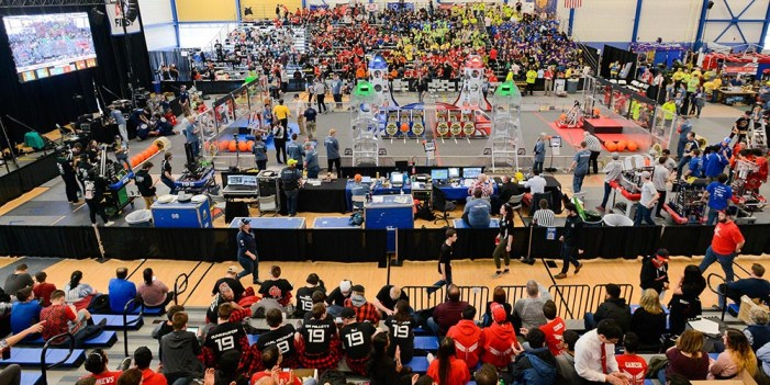 Disputan 27 equipos pase al FIRST Robotic Competition