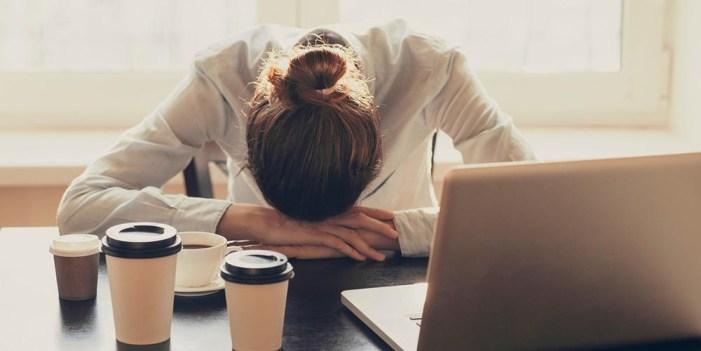 Si todo el tiempo te sientes cansada podrías tener esta enfermedad