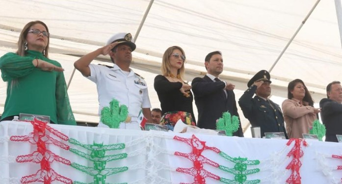 Encabeza Alcalde desfile del 109 aniversario de la Revolución Mexicana