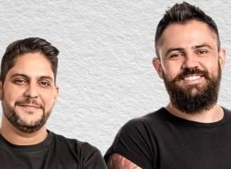 Dupla Jorge e Mateus faz show ao vivo na internet para incentivar a quarentena