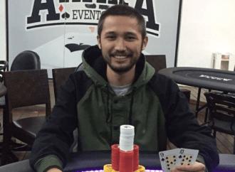 Ponta-grossense João Hayashi vence torneio de poker online e ganha prêmio milionário
