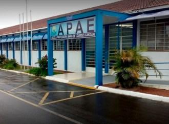 'Costela de Chão Solidária' busca arrecadar recursos para a APAE de Ponta Grossa