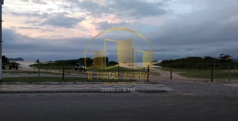 Oportunidade Apartamento 2 quartos à venda apenas 100 metros da Praia do Forte 20