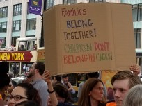 Families belong together! Children don't belong in cages!