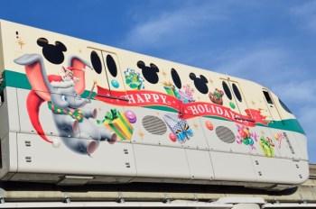ディズニー クリスマス ライナー車体 ダンボ (c)Disney