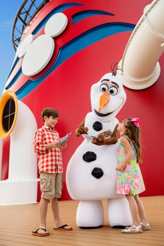 """Land of """"Frozen"""" Coming to Disney Cruise Line in Summer 2015 (c)Disney"""
