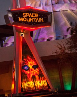 SPACE MOUNTAIN GHOST GALAXY (ANAHEIM, Calif.)  (c)Disney