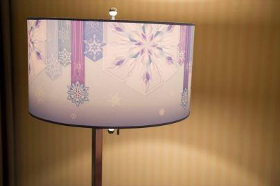ランプシェード (c)Disney