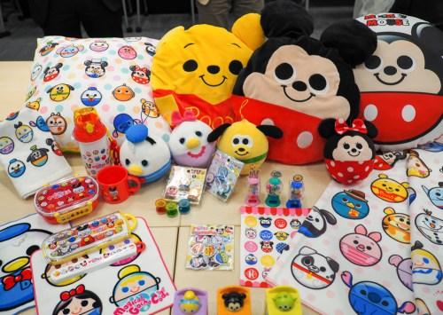マジカルガチャコーデ コラボ商品群 (c)Disney