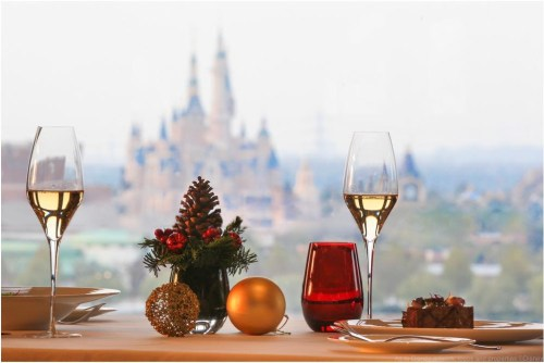 Shanghai Disney Resort Holiday Set Menu, Shanghai Disneyland Hotel, Aurora Restaurant (c)Disney