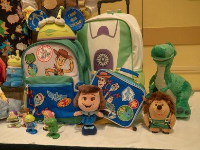 「トイ・ストーリー&ピクサーパルズ:サマー・スプラッシュ」グッズ (c)Disney/Pixar