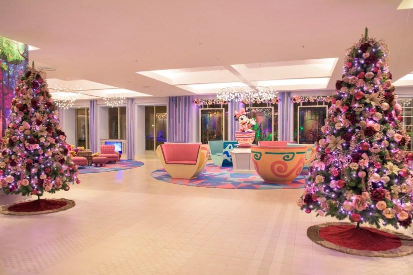 東京ディズニーセレブレーションホテル:ウィッシュのデコレーション (c)Disney