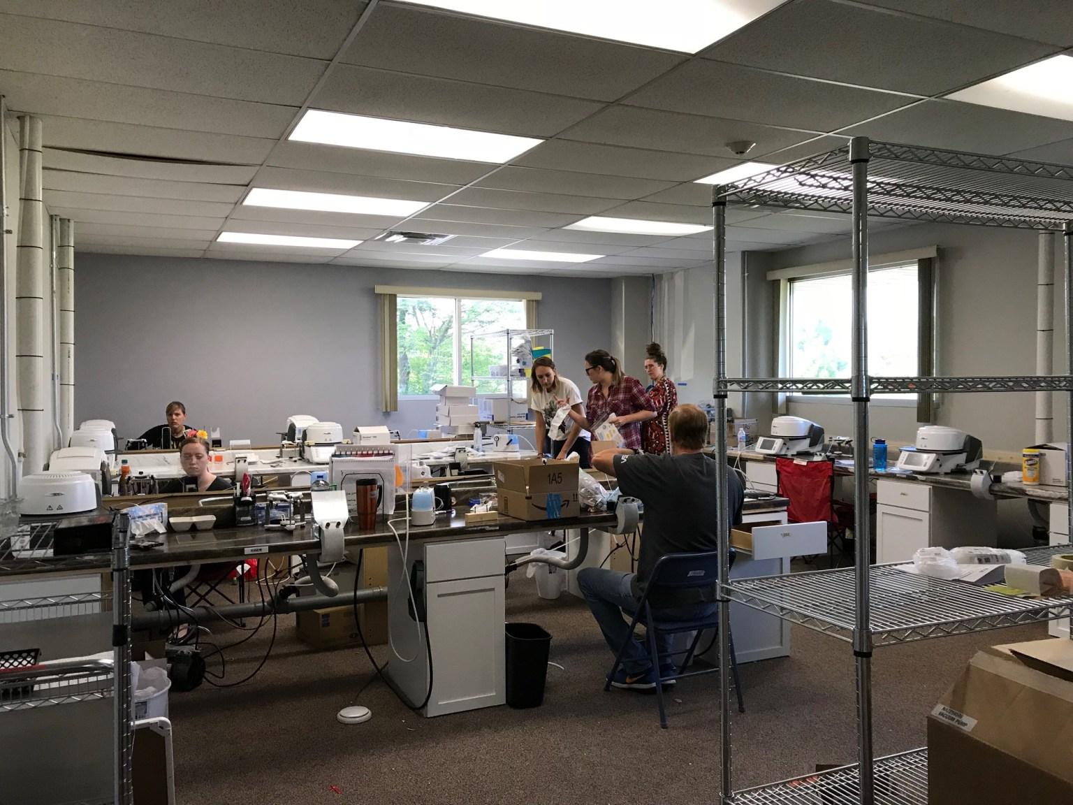 Team Porcelain staining restorations