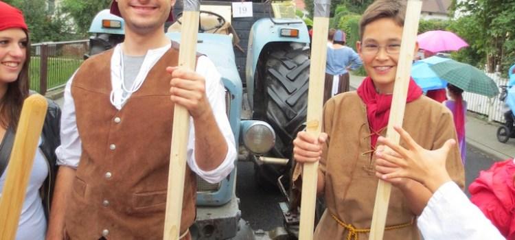 Marodierende Landknechte zerstören die Innenstadt