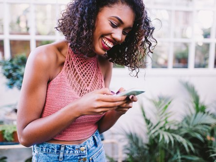How to Make a Girl Laugh Over Text: A Step-by-Step Guide