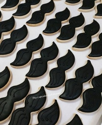 MOvember mustache Sugar cookie heart - Vanilla