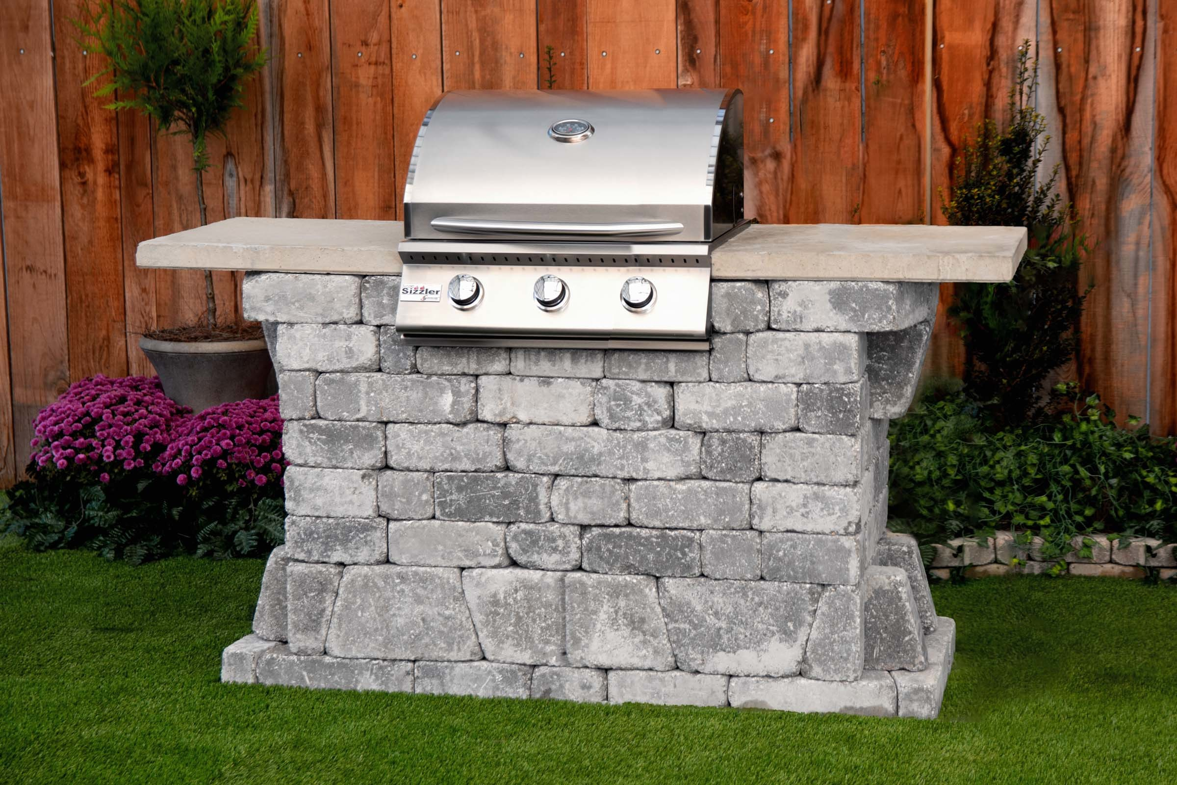 Williard 26 Grill Station (FREE firepit) WGS-2672