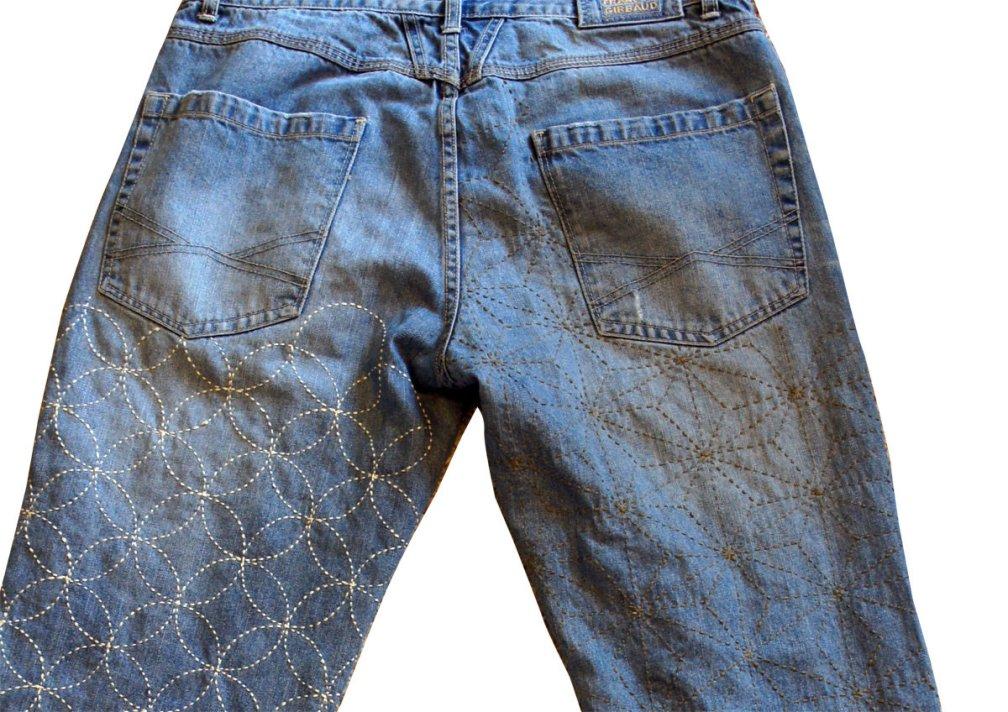 Customized Traditional Sashiko on your Denim Jeans SashikoCDenim_