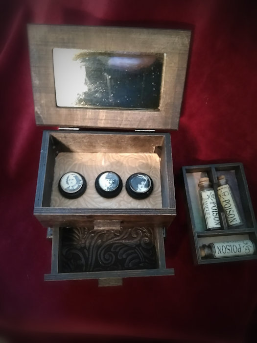 Dr. Pritchard's Box of Poison pritchardbox-basic