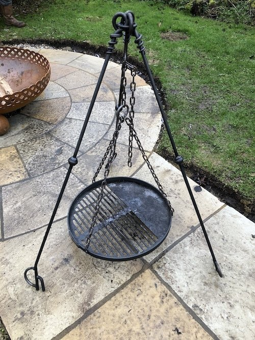 Tripod Cooking Stand for Large Bowls